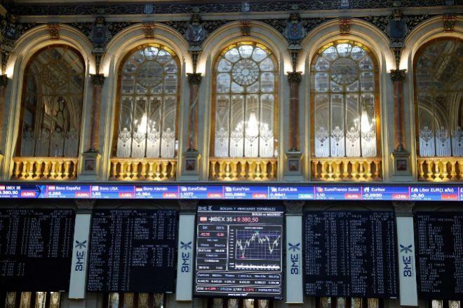 El Ibex rebota un 6,4% con las medidas del Gobierno y Wall Street